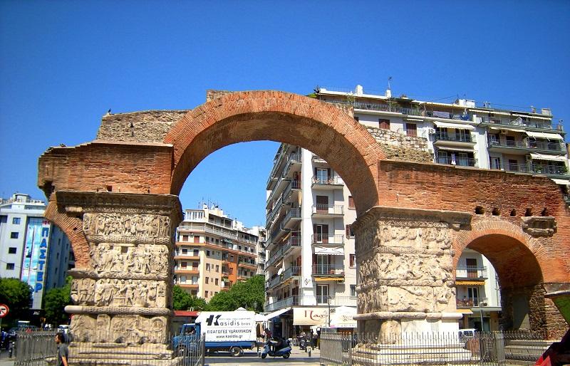 arch-of-galerius-and-rotunda