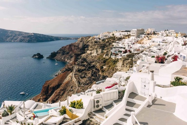 10 Facts You Didn't Know about Santorini