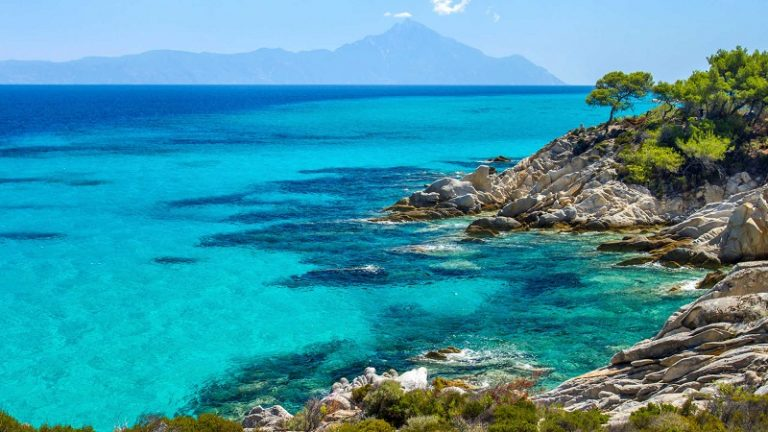 10 Beautiful Places in Greece Few People Know