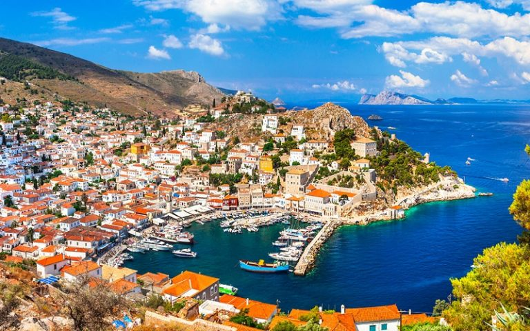 10 Breathtaking Greek Islands Closest to Athens